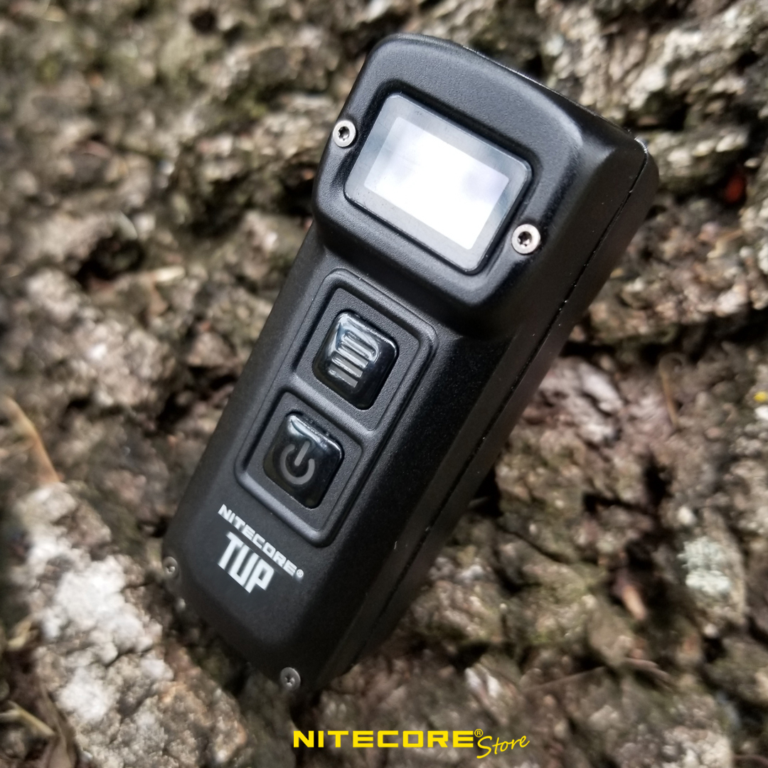 best lightweight flashlights, pocket flashlight, nitecore tup